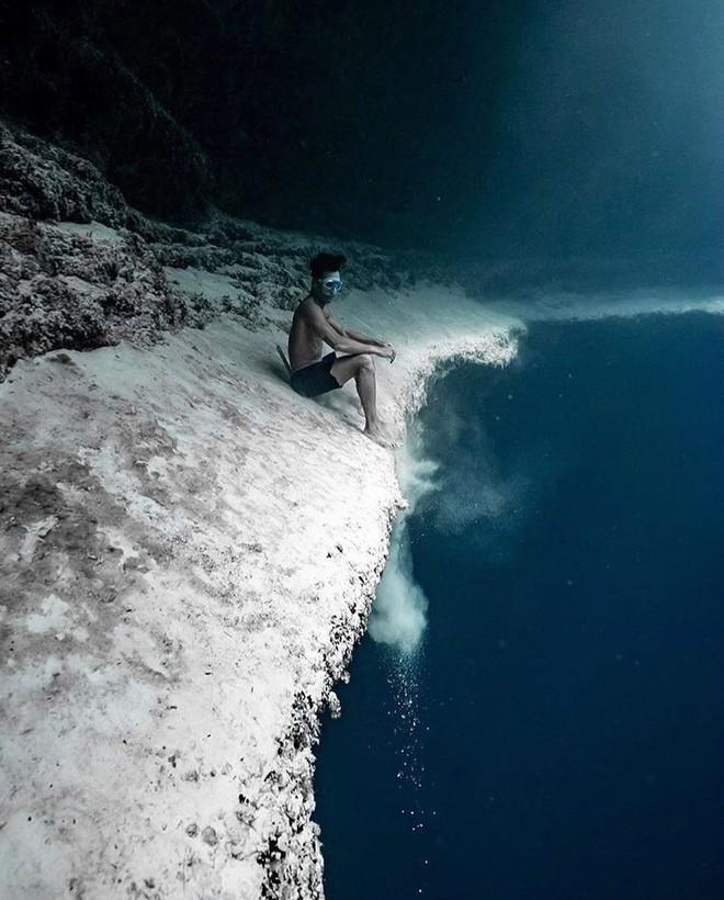Đại dương không hề đẹp đẽ như ta tưởng, đó còn là nỗi ảm ảnh kinh hoàng với 7% người trưởng thành ở Mỹ - Ảnh 1.