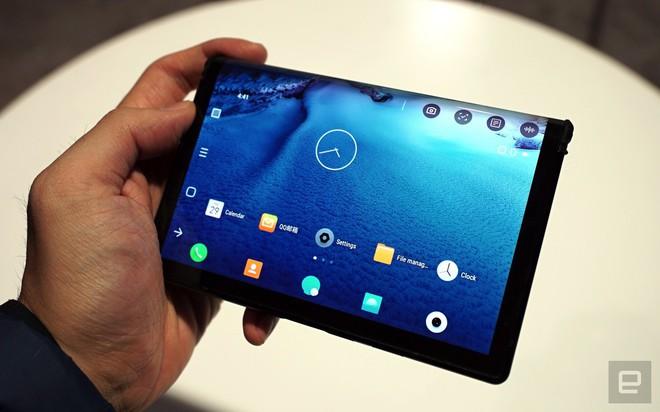 [CES 2019] Trên tay Royole Flexpai - điện thoại màn hình gập đầu tiên trên thế giới - Ảnh 4.