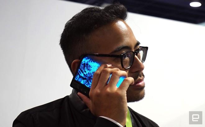 [CES 2019] Trên tay Royole Flexpai - điện thoại màn hình gập đầu tiên trên thế giới - Ảnh 7.