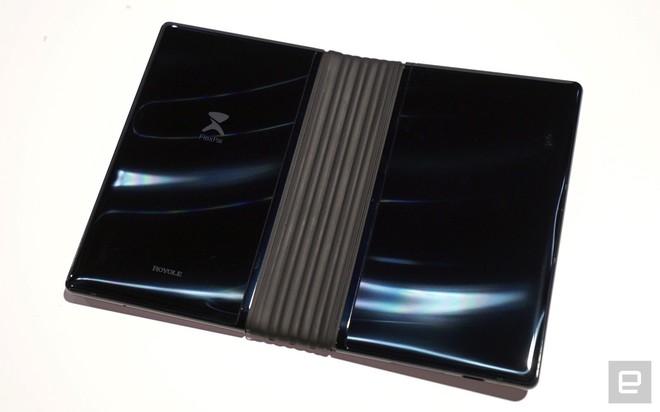 [CES 2019] Trên tay Royole Flexpai - điện thoại màn hình gập đầu tiên trên thế giới - Ảnh 10.
