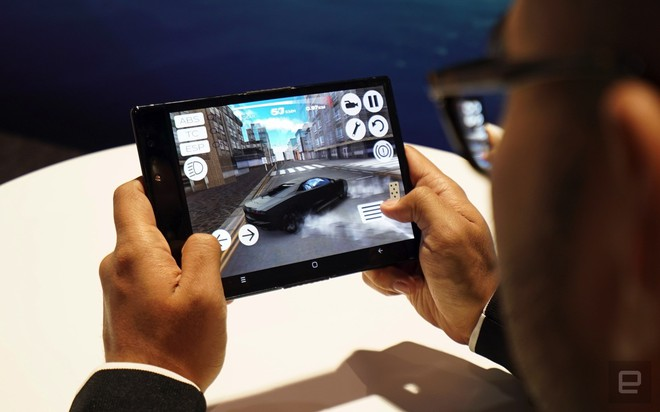 [CES 2019] Trên tay Royole Flexpai - điện thoại màn hình gập đầu tiên trên thế giới - Ảnh 11.