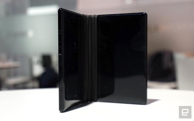 [CES 2019] Trên tay Royole Flexpai - điện thoại màn hình gập đầu tiên trên thế giới - Ảnh 12.