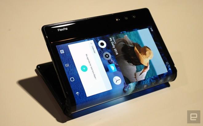 [CES 2019] Trên tay Royole Flexpai - điện thoại màn hình gập đầu tiên trên thế giới - Ảnh 14.