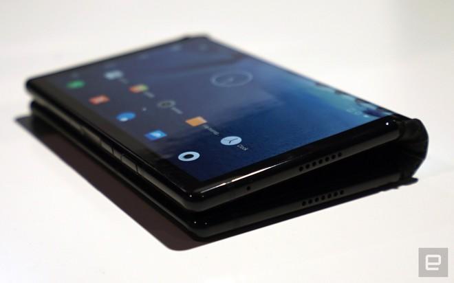 [CES 2019] Trên tay Royole Flexpai - điện thoại màn hình gập đầu tiên trên thế giới - Ảnh 20.