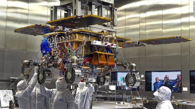 Trưởng ban khoa học của NASA: ta có thể tìm ra sự sống trên Sao Hỏa trong vòng 2 năm tới, thế nhưng ta chưa sẵn sàng đón nhận tin này - Ảnh 3.