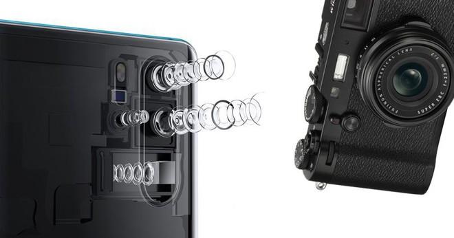 Lấy P30 Pro đi chụp ảnh đường phố, reviewer nổi tiếng chỉ ra điểm khiến smartphone cao cấp không thể thay thế được máy ảnh truyền thống - Ảnh 1.