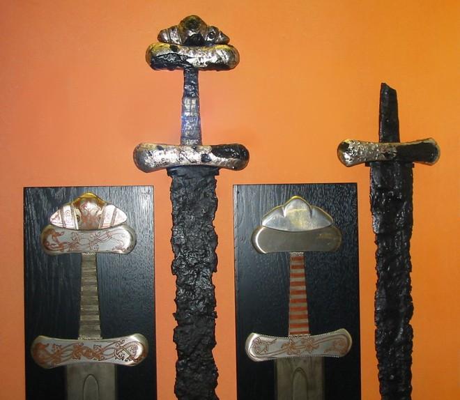 Phát hiện nghĩa địa kiếm của người Viking: Hóa ra tộc người huyền thoại này dùng kiếm chất thế này đây - Ảnh 3.
