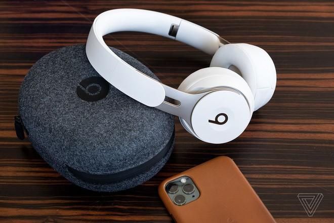 Apple phá đám sự kiện Google Pixel: công bố tai nghe Beats Solo Pro mới với khả năng khử tiếng ồn - Ảnh 1.
