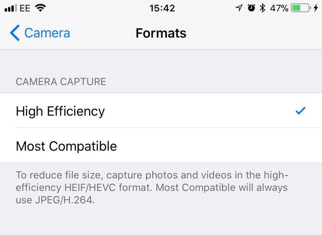 Ngược đời: Google Photos cho iPhone lưu trữ ảnh chất lượng gốc không giới hạn, Pixel 4 còn chả có - Ảnh 1.