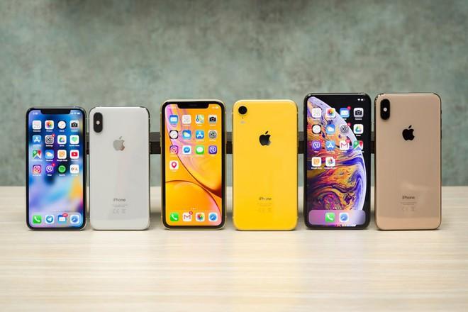 Đọ khả năng giữ giá của Apple, Samsung, Google, LG, Sony: Smartphone cao cấp nào bị mất giá nhiều nhất sau 1 năm? - Ảnh 2.