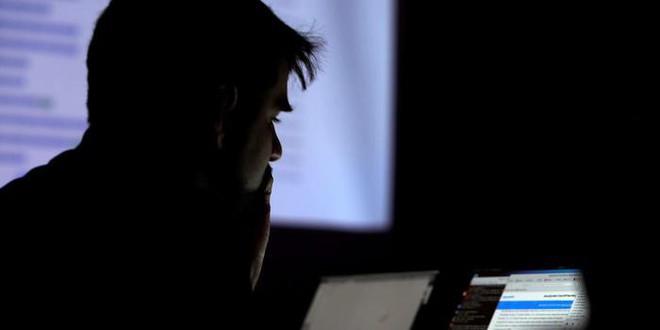 Cựu kỹ sư Yahoo lạm dụng chức vụ để lục tung 6000 tài khoản, tìm ảnh nhạy cảm của bạn bè và đồng nghiệp - Ảnh 1.