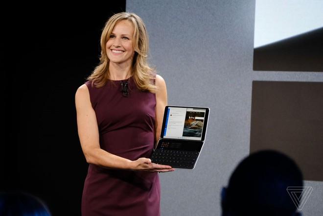 Microsoft công bố Surface Neo - thiết bị màn hình kép gập ra gập vào đều được, còn chưa hoàn thiện, dự kiến bán ra vào cuối năm sau - Ảnh 2.