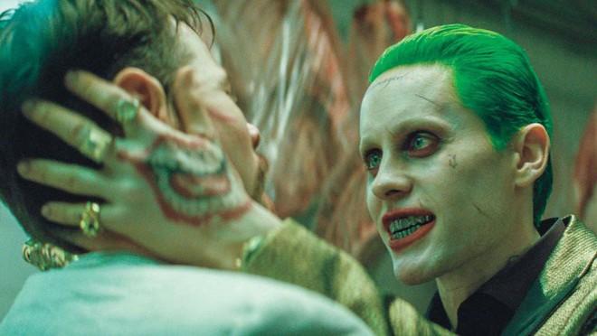 Diễn viên Joker trong Suicide Squad từng đòi Warner Bros. hủy bỏ dự án Joker vừa mới công chiếu - Ảnh 1.