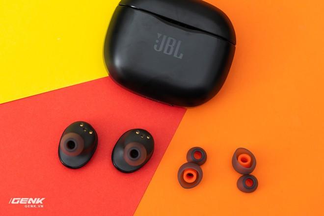 Đánh giá tai nghe true-wireless JBL Tune 120: Tất cả là về âm trầm - Ảnh 9.