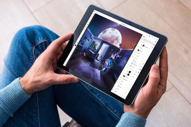 Adobe đang tập trung phát triển ứng dụng Photoshop cho iPad, sẽ có thêm phiên bản Illustrator ra mắt vào năm sau - Ảnh 3.