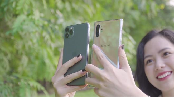 Thêm bài so camera giữa Galaxy Note10+ và iPhone 11 Pro Max ở nhiều điều kiện khác nhau - Ảnh 1.