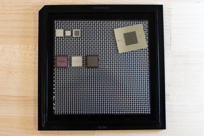 Đây là siêu máy tính lượng tử Google Sycamore, được lưu giữ tại -273 độ C, giải được bài toán mọi máy tính trên thế giới chịu thua - Ảnh 4.