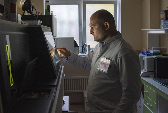 Đứa trẻ chỉnh sửa gen tiếp theo sẽ được sinh ra ở Nga? Một nhà khoa học đang tham vọng làm điều đó - Ảnh 4.