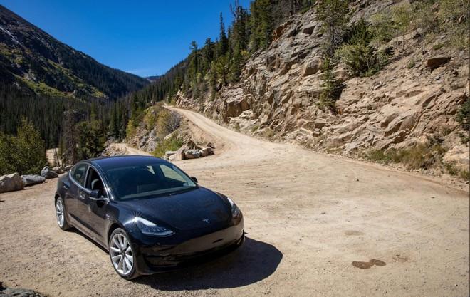 Đây là chiếc Tesla Model 3 đầu tiên cán mốc 100.000 dặm, và chỉ mất 500 USD thay thế phụ tùng - Ảnh 2.