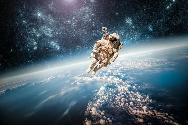 Cần phi hành đoàn bao nhiêu người thì mới đủ để sống sót chuyến du hành sang hệ sao Proxima Centauri? - Ảnh 1.