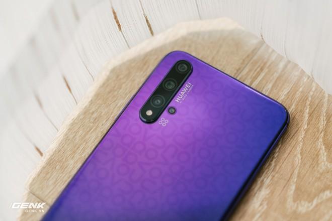 Đánh giá chi tiết Huawei Nova 5T: Thiết kế trẻ, cấu hình cao, đáng mua không? - Ảnh 4.