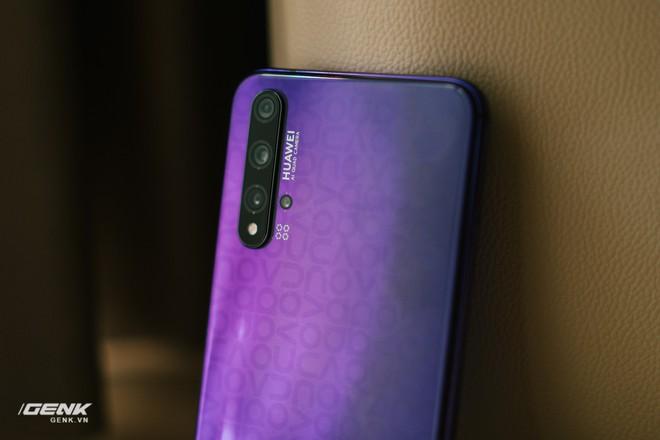 Đánh giá chi tiết Huawei Nova 5T: Thiết kế trẻ, cấu hình cao, đáng mua không? - Ảnh 21.