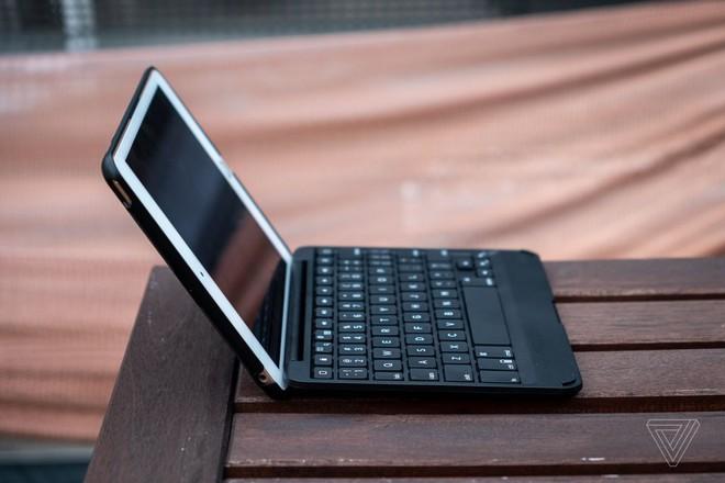 Chiếc bàn phím này biến iPad mini thành một chiếc laptop nhỏ tuyệt vời đến ngạc nhiên - Ảnh 2.