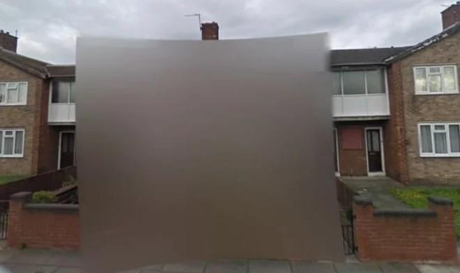 Ngôi nhà bí ẩn bị xóa mờ trên Google Maps Street View: bí mật gì đang được che giấu? - Ảnh 3.