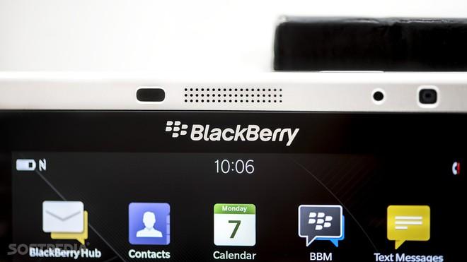 BlackBerry: Chúng tôi không làm điện thoại 5G đâu, chả ích lợi gì, mạng 5G chỉ hợp với tủ lạnh thôi - Ảnh 1.