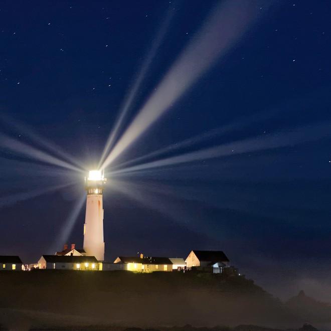 Hỏi khó: Tốc độ của ánh sáng là 299.792.458 m/s, thế còn tốc độ bóng đêm là bao nhiêu? - Ảnh 4.