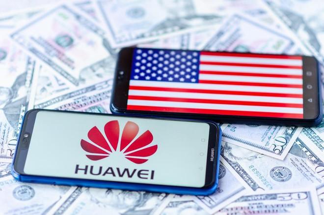 Không chỉ cấm cửa Huawei, chính phủ Mỹ còn muốn hỗ trợ tài chính cho Nokia và Ericsson - Ảnh 1.