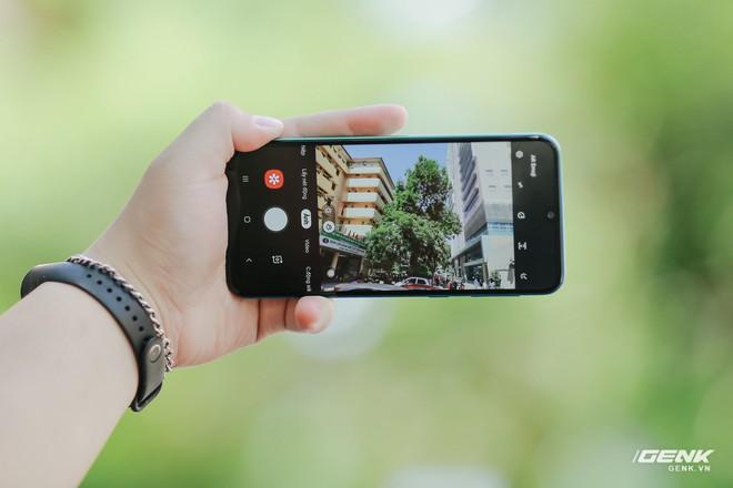 Trên tay Galaxy M30s: 3 tùy chọn màu sắc, cụm camera mới, pin 6.000 mAh, giá 6.99 triệu đồng - Ảnh 11.