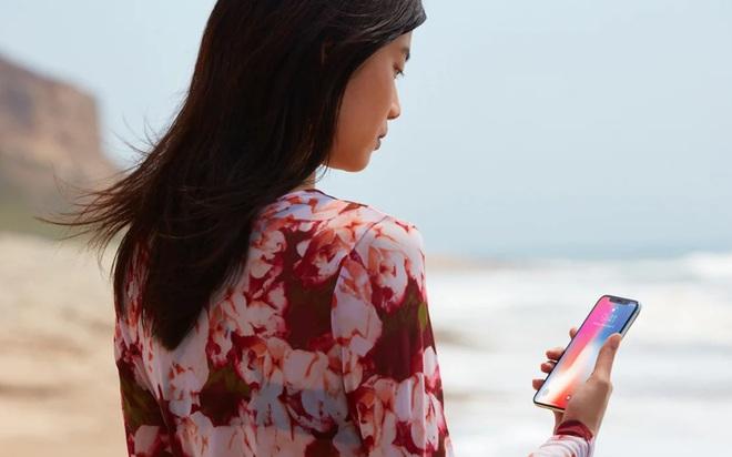 Vụ án nữ sinh ngủ say bị lấy vân tay rút trăm triệu ở Đà Nẵng: càng thấy giá trị của Face ID trên iPhone - Ảnh 2.