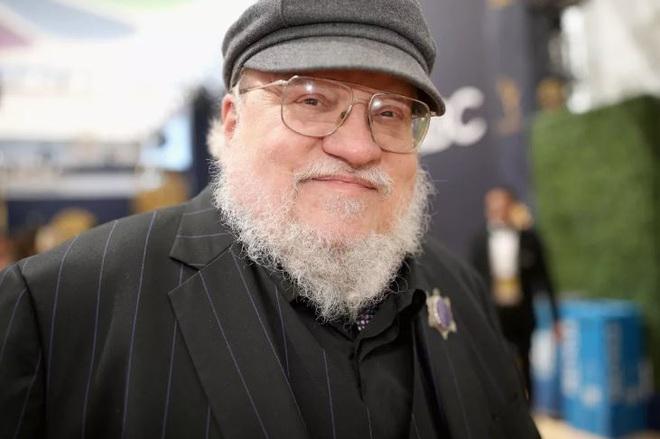 Tiểu thuyết gia George R. R. Martin bất ngờ hé lộ poster đầu tiên của series tiền truyện Game of Thrones - Ảnh 3.
