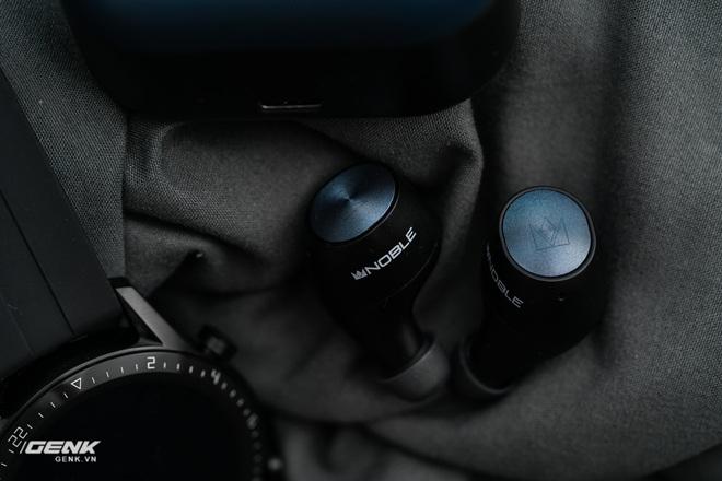 Đánh giá Noble Falcon: Con cừu đen của Thế giới tai nghe True-wireless - Ảnh 13.