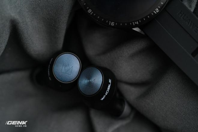 Đánh giá Noble Falcon: Con cừu đen của Thế giới tai nghe True-wireless - Ảnh 18.