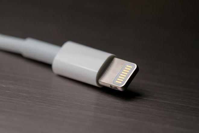 Đây chính là cái gân gà trong cổ Apple, ăn không được mà bỏ cũng không xong - Ảnh 1.