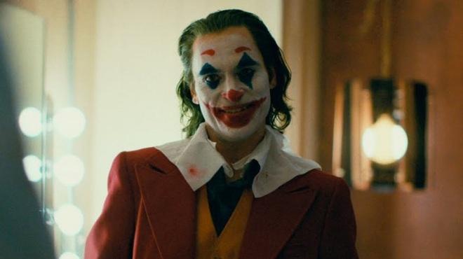 Joker sắp trở thành bộ phim R-rated đầu tiên trong lịch sử cán mốc doanh thu 1 tỉ USD - Ảnh 2.