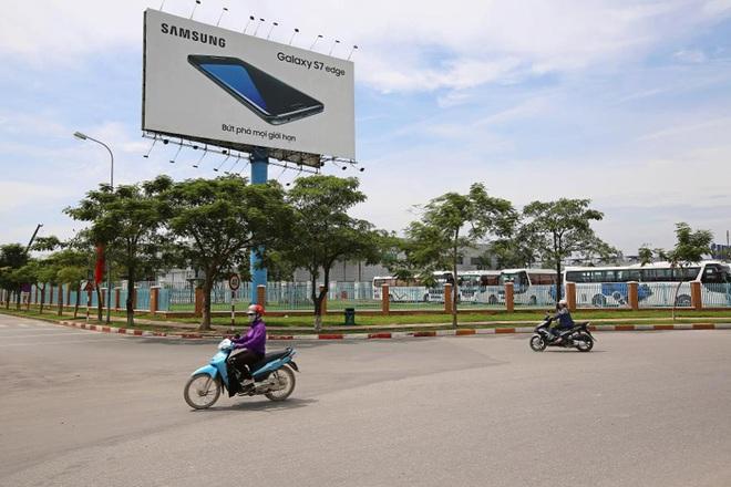 Forbes: Tại sao Việt Nam cứ cố gắng làm smartphone nhưng lại không bán được? - Ảnh 2.