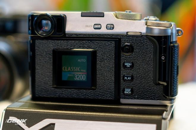 Trên tay máy ảnh màn hình giấu Fujifilm X-Pro3: Thiết kế đặc biệt, chất liệu cao cấp, giá khá cao - Ảnh 6.