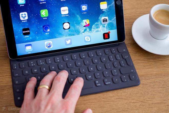 Cuối cùng Apple đã phải thừa nhận, iPad không thay thế được máy tính - Ảnh 1.