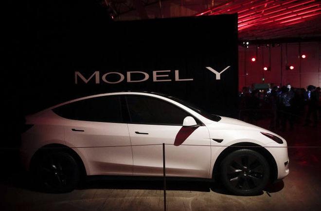 Elon Musk vừa dấn thân vào hang hùm, dám xây nhà máy sản xuất xe điện ngay tại nước Đức - thánh địa ô tô của thế giới - Ảnh 2.