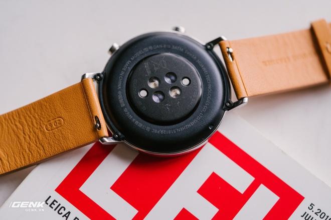 Đánh giá Huawei Watch GT2: Phần mềm kéo đuôi phần cứng - Ảnh 8.