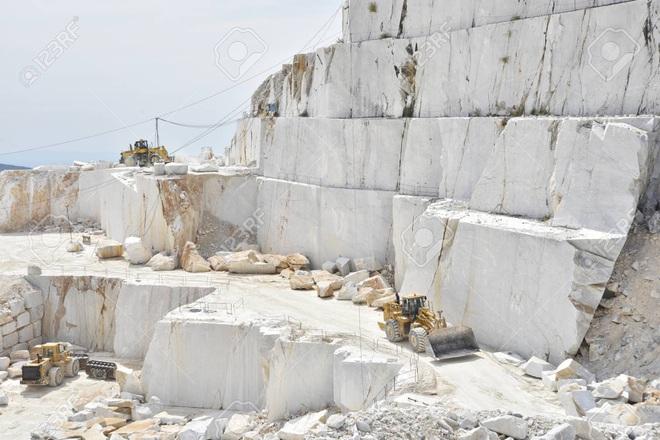 Mỏ sản xuất nhiều đá cẩm thạch nhất thế giới, giá trị 1,1 tỷ USD - Ảnh 2.