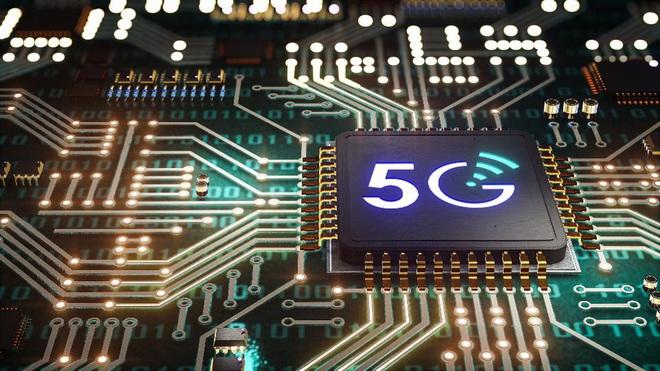 Intel liên minh với Mediatek chống lại Qualcomm trong cuộc chiến 5G - Ảnh 1.