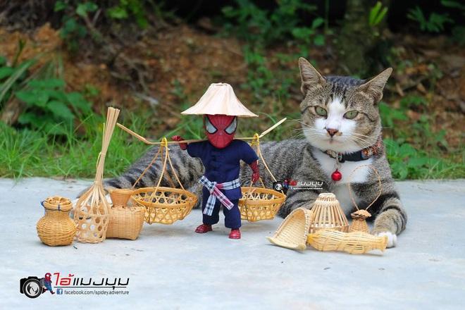 Cưng muốn xỉu với bộ ảnh chuyến phiêu lưu của boss mèo và sen Spider-Man - Ảnh 29.