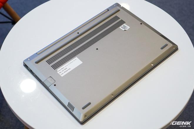 Cận cảnh laptop ThinkBook 14 và 15 mới từ Lenovo: vỏ nhôm bạc đẹp mắt, thừa hưởng nhiều đường nét từ ThinkPad nhưng giá chỉ từ 11,99 triệu đồng - Ảnh 3.