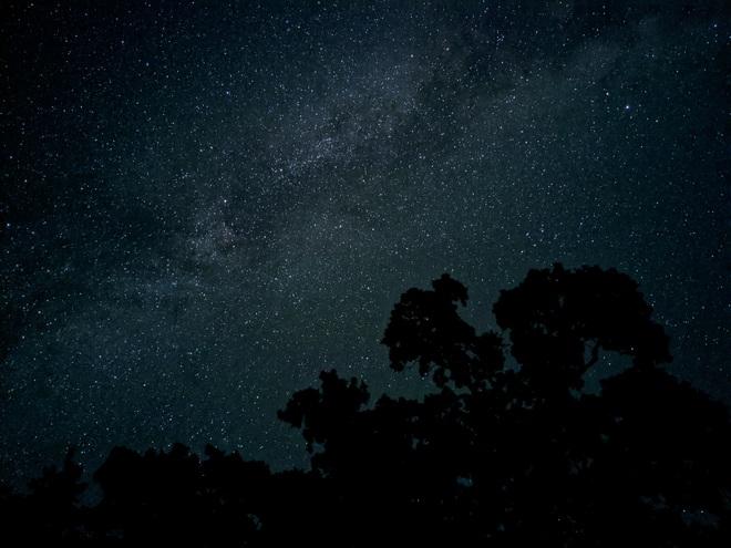 Tự động lấy nét trong điều kiện ánh sáng ban đêm