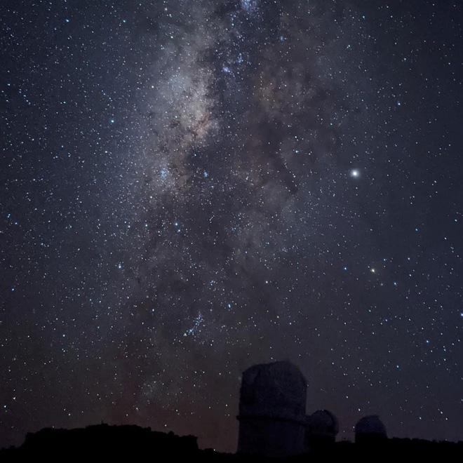 Đứng sau những bức ảnh thiên văn ảo diệu của Google Pixel 4 là gì?