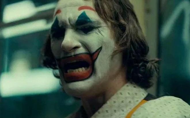 [Chùm ảnh] 27 bí mật không phải fan nào cũng biết đằng sau thành công rực rỡ của Joker - Ảnh 10.